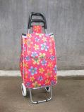 折るスーパーマーケットのショッピングトロリー荷物のカート