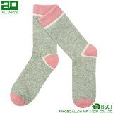 Сделайте вашими собственными женщинами конструкции хлопок продать носки оптом