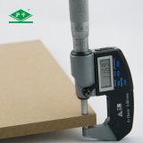 Baumaterialien Plain Pappel E2 des MDF-Vorstand-1220mmx2440mmx12mm