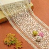 Розовая ткань шнурка вышивки конструкции цветков тканья цвета для платья