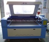 CNC de Gravure van de Laser en de Fabriek van de Scherpe Machine