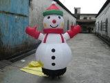 Pupazzo di neve gonfiabile per natale