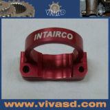 As peças da motocicleta do CNC com vermelho anodizam