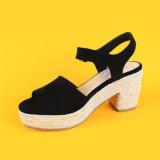 Scarpa di tela della punta nera di pigolio delle scarpe di tela del cuneo delle signore l'alta incunea i sandali