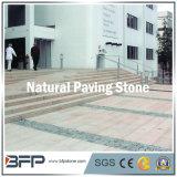 Fronte spaccato del granito della strada privata che pavimenta le pietre poco costose del lastricatore del patio da vendere il lastricatore del granito