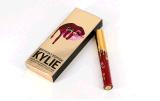 Édition liquide mate d'anniversaire de doublure de rouge à lievres et de languette de Kylie modèle de tout neuf