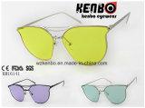 A cor a mais atrasada da lente com os óculos de sol especiais do metal do projeto Km16141 do frame