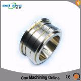 Подгонянная нержавеющая сталь CNC подвергая механической обработке разделяет механически части металла