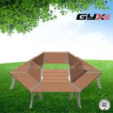옥외 차가운 테이블 및 의자는 공원과 슈퍼마켓을%s 결합했다