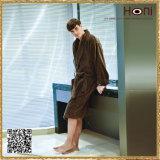 D-021によってカスタマイズされる固体ベロアの人の浴衣