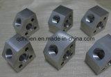 CNC에 의하여 기계로 가공되는 제품