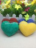 Heißes Selling Heart Shape Konjac Sponge mit 9 Colors