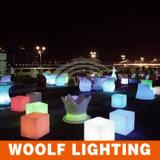 Más 300 sillas plásticas del cubo del jardín de los muebles LED de los diseños LED