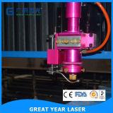 Esquinas de papel que cortan la máquina del laser con tintas
