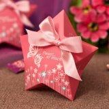 Caja del caramelo del papel de la forma de la estrella con la impresión roja