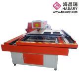 曲がる機械のための型を処理するためのレーザーの型抜き機械