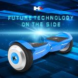 Bluetooth Hoverboard를 가진 전기 스쿠터를 균형을 잡아 지능적인 각자