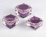 一義的な紫色のアクリルの表面クリームの瓶