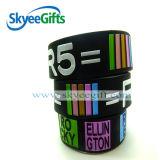 Custom promozionale Logo Silicone Wristband Silicone Band con lo SGS
