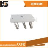 Di alluminio la parentesi del supporto di basamento del Palo della pressofusione per la macchina fotografica del CCTV