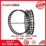 合金の脂肪質のバイクは穴が付いているP85合金のFatbikeの縁を動かす
