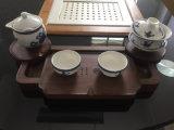Cassetto di tè fatto del legno della noce