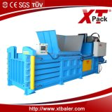 China Xtpack Semi Automatic Baler Machine para Comressing Paper