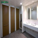 Kompakte lamellenförmig angeordnete Toiletten-Zelle-Partition