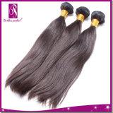 O cabelo natural reto 100% indiano o mais novo do Virgin