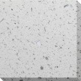 輝きのカウンタートップまたは浴室の上または台所上のための白い人工的な石造りの水晶平板