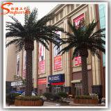 La palma ornamental artificial de la falsificación al aire libre del paisaje planta el árbol