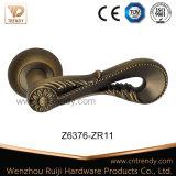 Évider à l'extérieur le traitement de levier en alliage de zinc de porte sur la rosette ronde (Z6376-ZR11)