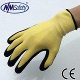 Перчатки Nitirle отделки Sandy работы безопасности Nmsafety покрытые