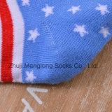 Peúgas bonitos do algodão da venda por atacado do projeto da bandeira para crianças