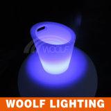 LEDのアイスペールの照らされたアイスペール