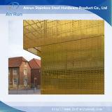 装飾的な建築材料の内部のカーテン・ウォールは穴があいたシートにパネルをはめる