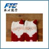 Calzini poco costosi di natale del ricamo di inverno personalizzati materiale del cotone