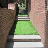 Césped artificial del jardín del césped del paisaje de lujo perfecto
