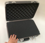"""Strong Aluminum Tool Case with Fold-Down Tool Pallet and Adjustable Compartments Inside Manufacturer Ytr-159""(English)"