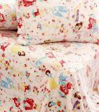 子供のフランネルの寝具はセットした: 漫画の毛布および枕カバー