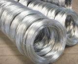 低価格の柔らかい亜鉛はエレクトロによって電流を通された鉄ワイヤーに塗った