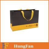 Bolso de compras de papel de la alta calidad con insignia impresa Silkscreen