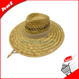 麦わら帽子の大きい縁の帽子は日曜日のムギの麦わら帽子を保護する