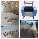 Machine de gravure acrylique de laser de CO2 en caoutchouc en bois de papier en verre mini