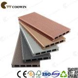 Decking décoratif utilisé extérieur de la cavité WPC de plancher de cèdre
