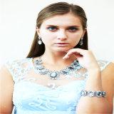 Nuevo conjunto de la joyería del pendiente de la pulsera del collar de la manera de las piedras del cristal de la resina del diseño