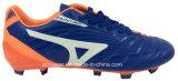 De atletische Voetbalschoenen van de Sporten van de Laarzen van de Voetbal van Mensen (815-5460)