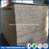 De commerciële Melamine Blockboard van Malacca van de Pijnboom van de Populier van het Triplex