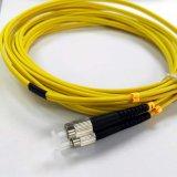 Jupe de fibre optique de RoHS de duplex de mode unitaire de câble de connexion de FC/Upc-FC/Upc