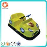 De binnen Elektronische MiniAuto Op batterijen van de Bumper van Jonge geitjes